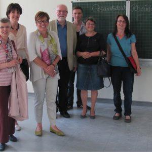 Rheinbacher SPD im Gespräch mit der Stellv. Schulleiterin der neuen Gesamtschule.
