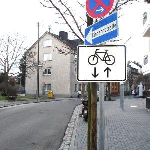Bahofstraße  für Fahräder frei in beide Richtungen